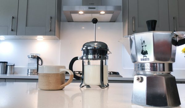 How to make frothed milk in your cafetiere